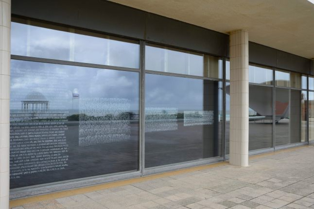 Elizabeth Price Curates DE LA WARR_Palmer_Photo Nigel Green.JPG